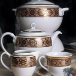 Japanese_porcelain_Royal_Porcelain_3.jpg